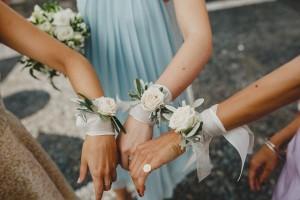 браслет невесты на руку